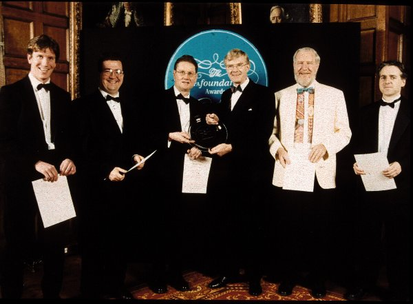 The Oasys team receives the BUPA Foundation Health At Work Award 1999